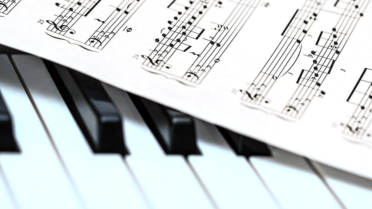 Vertonung auf musikalischer Ebene bedeutet Emotionen zu generieren.
