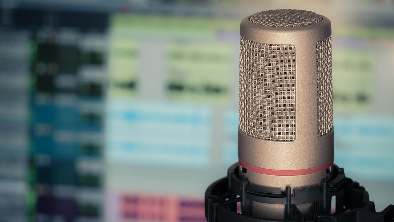 Die Aufnahmen sollten ausschließlich in einem professionellen Tonstudio erfolgen.