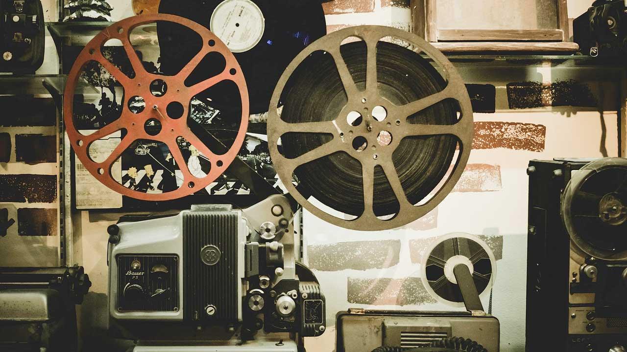 Das DACH Publikum ist Synchronisation ausländischer Filme gewohnt. Lippensynchronisation steht dabei an erster Stelle.