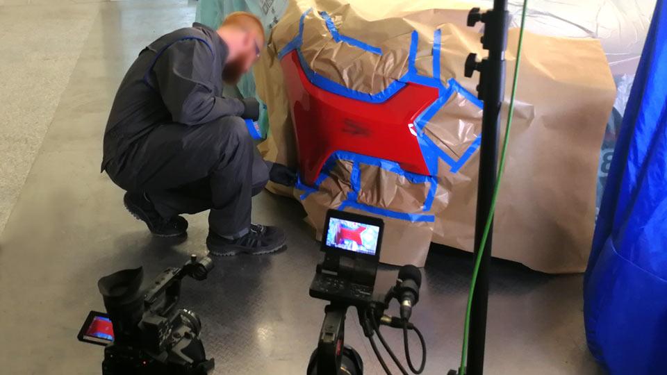 Erklärfilm erstellen in der Lackierwerkstatt. Im Technikum von Peter Kwasny filmten wir bereits unzählige Male.