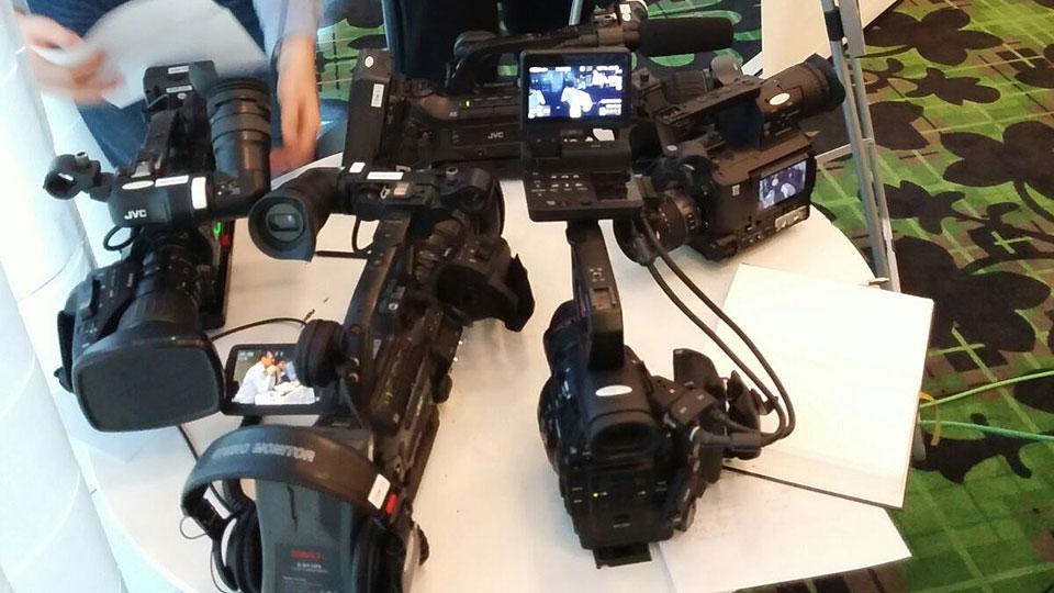 Pionierfilm stellt Kameramänner für Medientrainings.