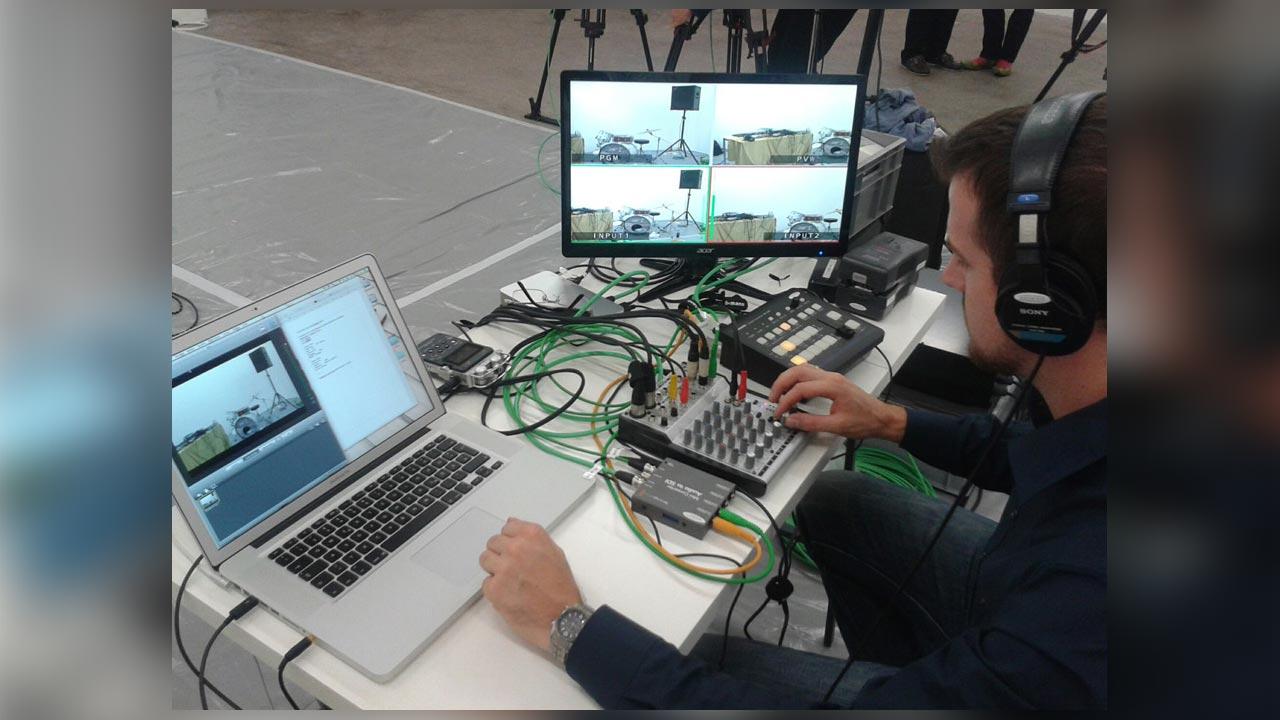 Für Arte Creative führten wir in Basel diesen Livestream durch.