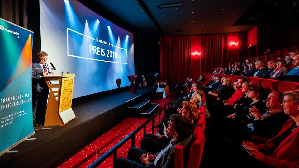 Das jeweilige Preisverleihungsvideo wurde im Schauburg Kino in Karlsruhe präsentiert.