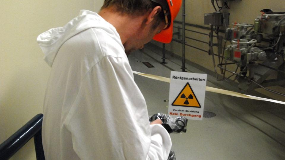 Für eine Langzeitdokumentation im Kernkraftwerk mussten wir uns auch mit dem Thema der radioaktiven Strahlung auseinandersetzen.