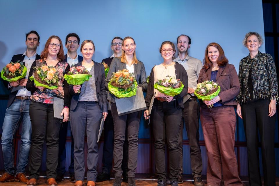Die Preisträgerinnen und Preisträger beim Event. Foto © Tim Carmele.