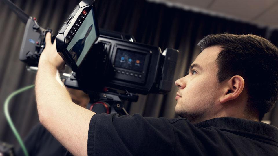 Die Produktion einer Videobotschaft ist, gelinde gesagt, sehr einfach.