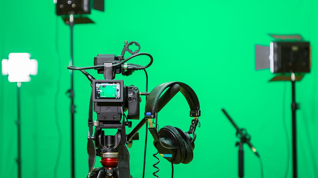 Unser Filmstudio ist komplett ausgestattet für Ihre eLearning Produktion.
