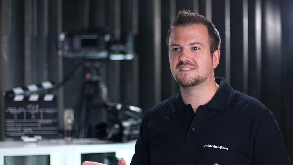 Für das Video-Testimonial von Netgear stand Pionier Brian Morrison vor der Kamera.