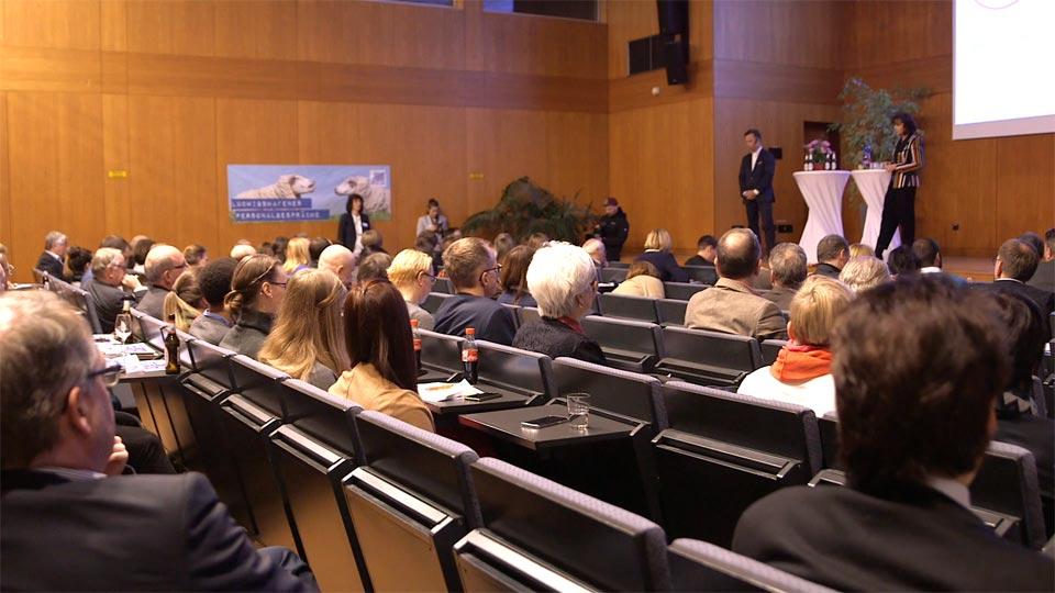 Videoportrait Veranstaltung gesucht? Die Pioniere filmten beim HR-Mambo No. 2 der Ludwigshafener Hochschule.