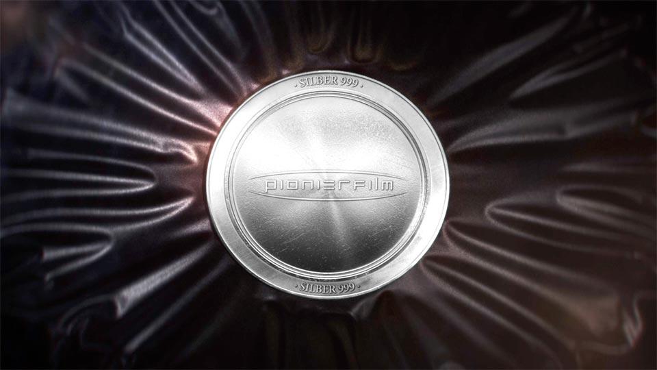 Videoproduktion für einen Erklärfilm über die Herstellung einer Silbermünze.