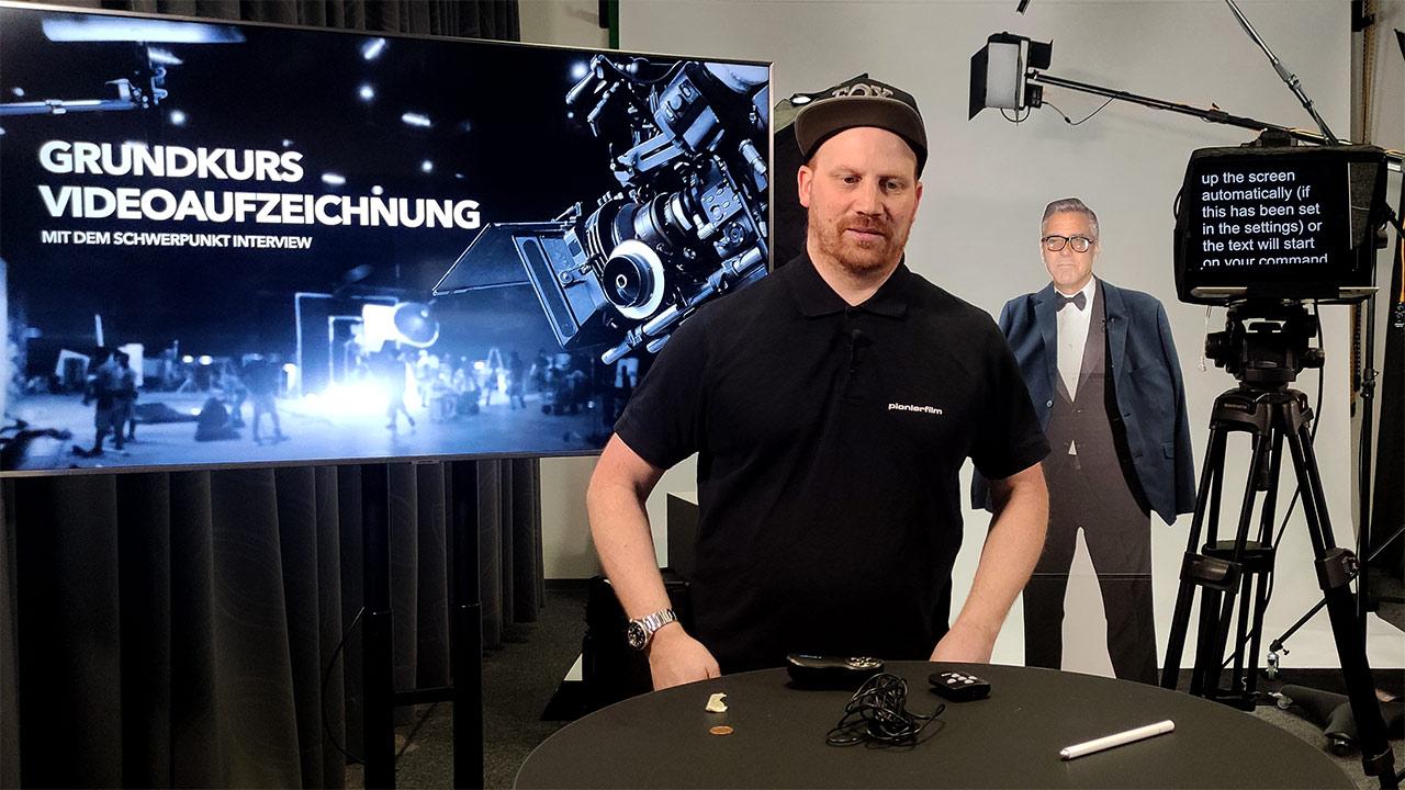 Pionier Daniel Schuler machte eine Videoschulung für die ESB Business School.