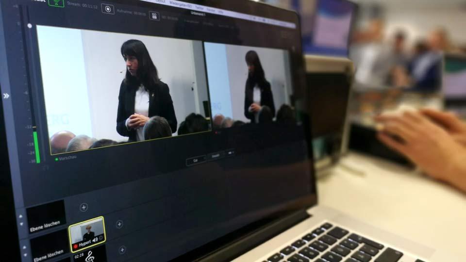 Für den Livestream wurden diverse Signale schlussendlich in einen Rechner geroutet. Mittels Software wurde dieses finale Programm dann zu unseren Servern gestreamt.
